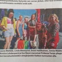 Katkolaisia Turun Sanomissa Pride-kulkueessa 2015